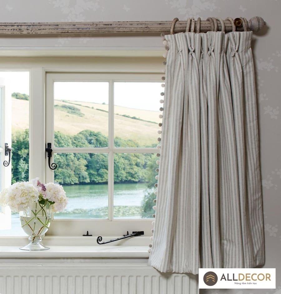 rèm cửa sổ handmade bằng vải