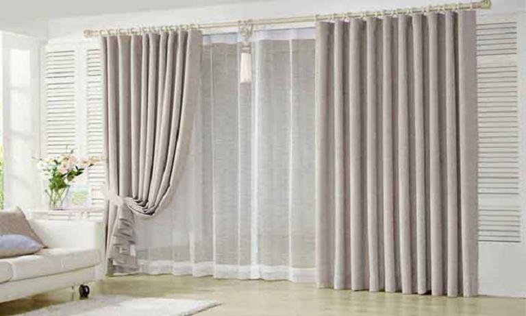 chọn rèm cùng tông màu tường