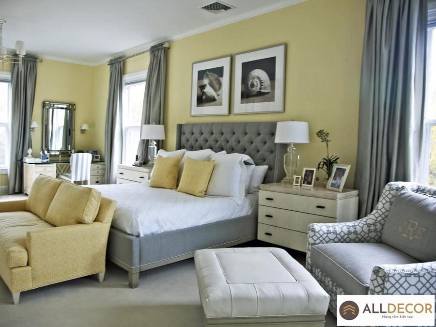 rèm màu trung tính cho tường vàng